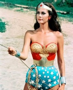 Lynda_carter-wonder-woman-golden-lasso1